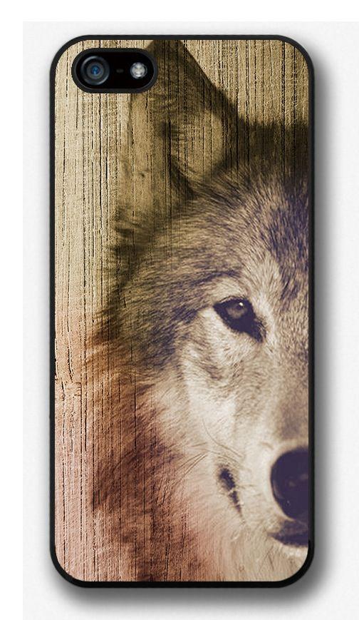 Wolf on wood Iphone case OMG soo beautiful *o*
