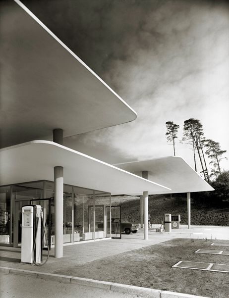 floating roof. Gas station by Henri Heidersberger, Blue Lake 1953