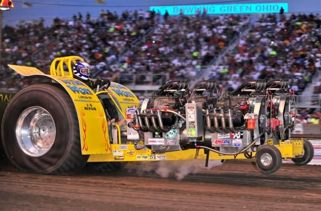 Garden Tractor Pulling Crashes : Best ideas about tractor pulling on pinterest