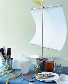 Paper Pilgrims Thanksgiving Table - Martha Stewart Crafts