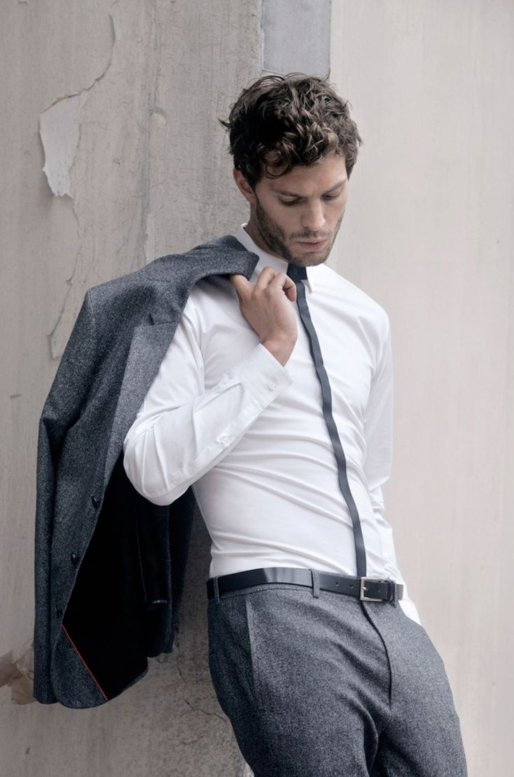 Jamie Dornan #suitsaresexy #yum