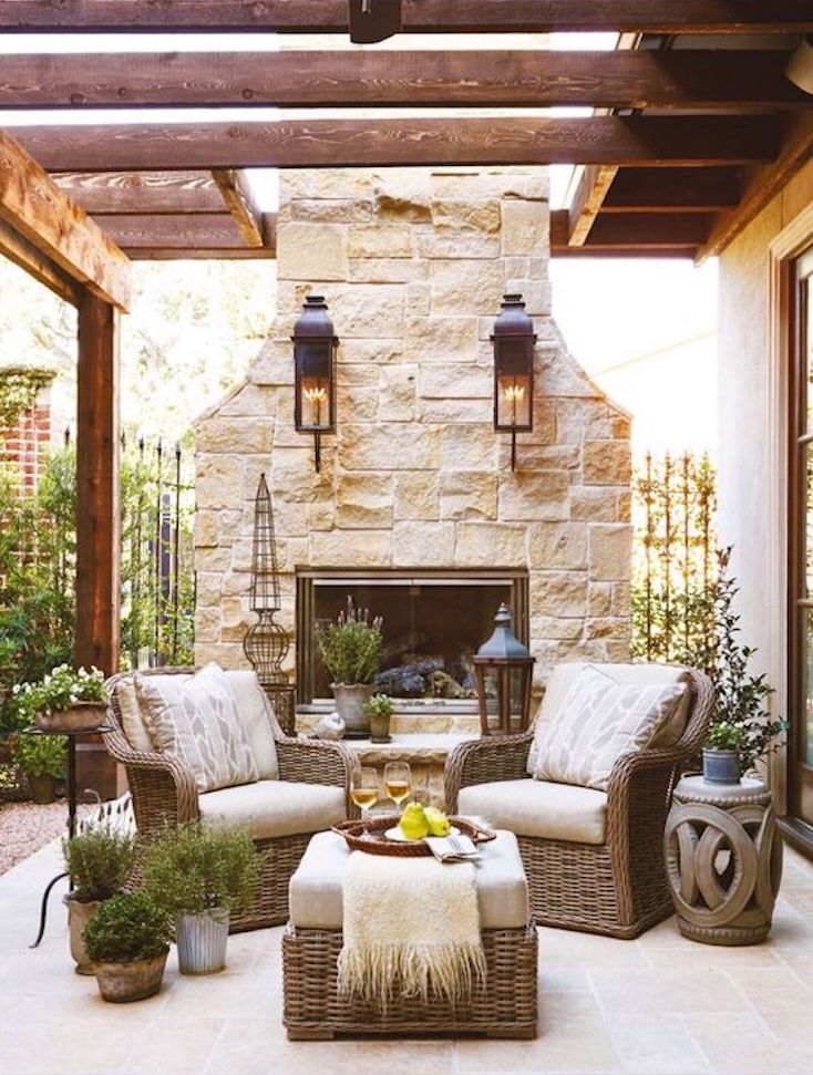 These creative outdoor fireplaces warm up your outdoor living area and set the scene for a cozy, relaxing outdoor retreat.