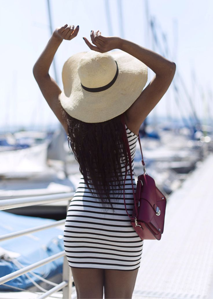 black-bloggers-Wallace-Yolicia-striped-summer-dresses-fashion-bloggers-tips-style