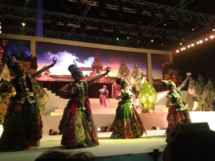 Gebyar Budaya Nusantara, World Tourism Day 2014 at Monas Jakarta Indonesia
