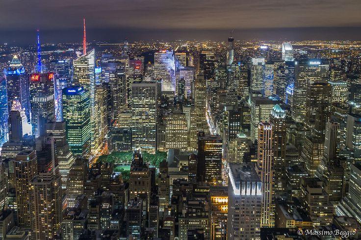 Manhattan+by+night