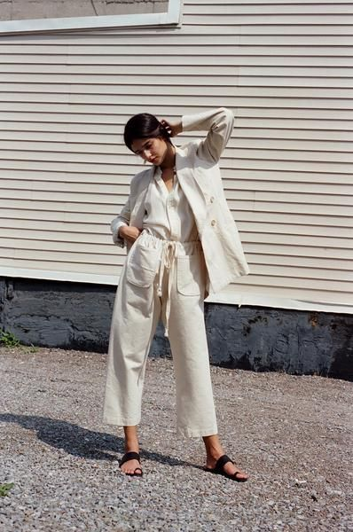 "The Gwen Pants in cream Japanese cotton canvas.  Drawstring waist with two large patch pockets in the front.  Slightly dropped crotch and cropped length.     Made in New York 100% Cotton Model is 5' 9"" wearing a size small Machine wash cold, tumble dry low, pre-shrunk"