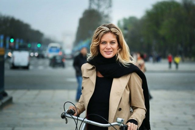 Rachel Hunter's Tour of Beauty: Supermodel Travels the World to Uncover Beauty Secrets of Different Cultures
