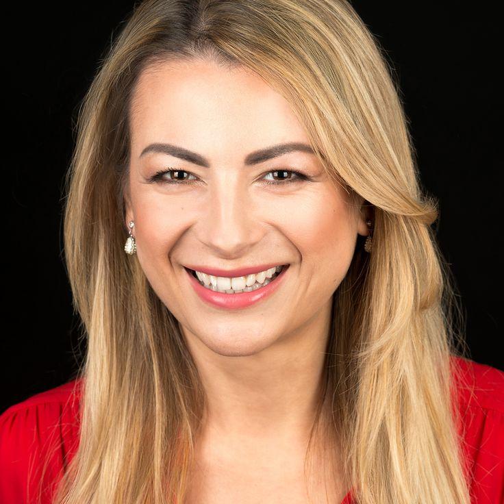 Carmen Mîrdan - Insurance Director #portret #portretbusiness #cluj #headshot #personalbranding #afaceri #clujnapoca #studio #foto