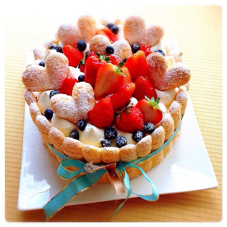 イチゴのビスキュイケーキ