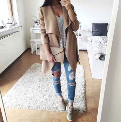waterfall tan cardigan outfit- The most stylish selfie outfits http://www.justtrendygirls.com/the-most-stylish-selfie-outfits/