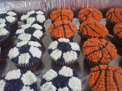 Soccer and basketball cupcakes By desert_rose on CakeCentral.com