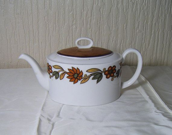 Susie Cooper Fine Bone China Teapot with Lid Art by DutchTrader, £15.00