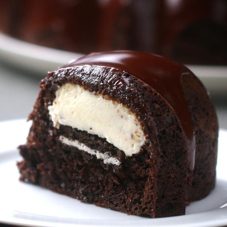 Cookies Cream Cheesecake Bundt Box Cake Recipe by Tasty Box Cake Recipes, Dessert Recipes, Soup Recipes, 90s Food, Cookies And Cream Cheesecake, Pumpkin Cheesecake, Cake Hacks, Food Picks, Chocolate Cake Mixes