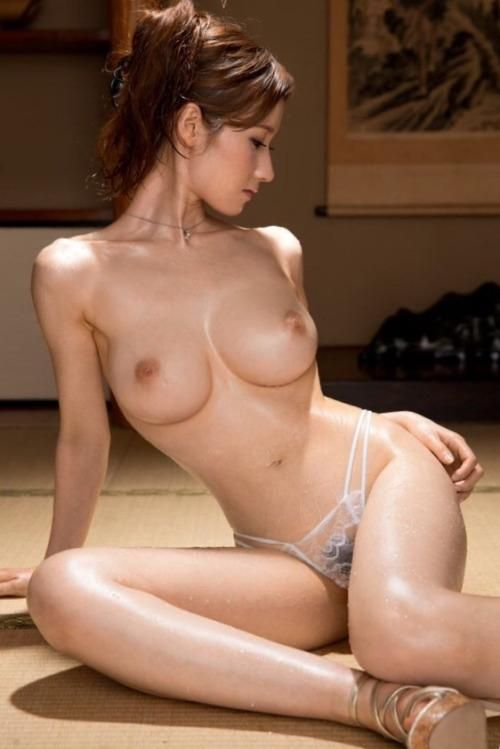 nude LS model slutty