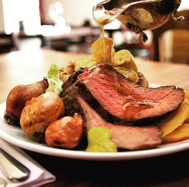 Wanting to immerse yourself in a little British culture? Here's our list of the best Sunday roasts in London.