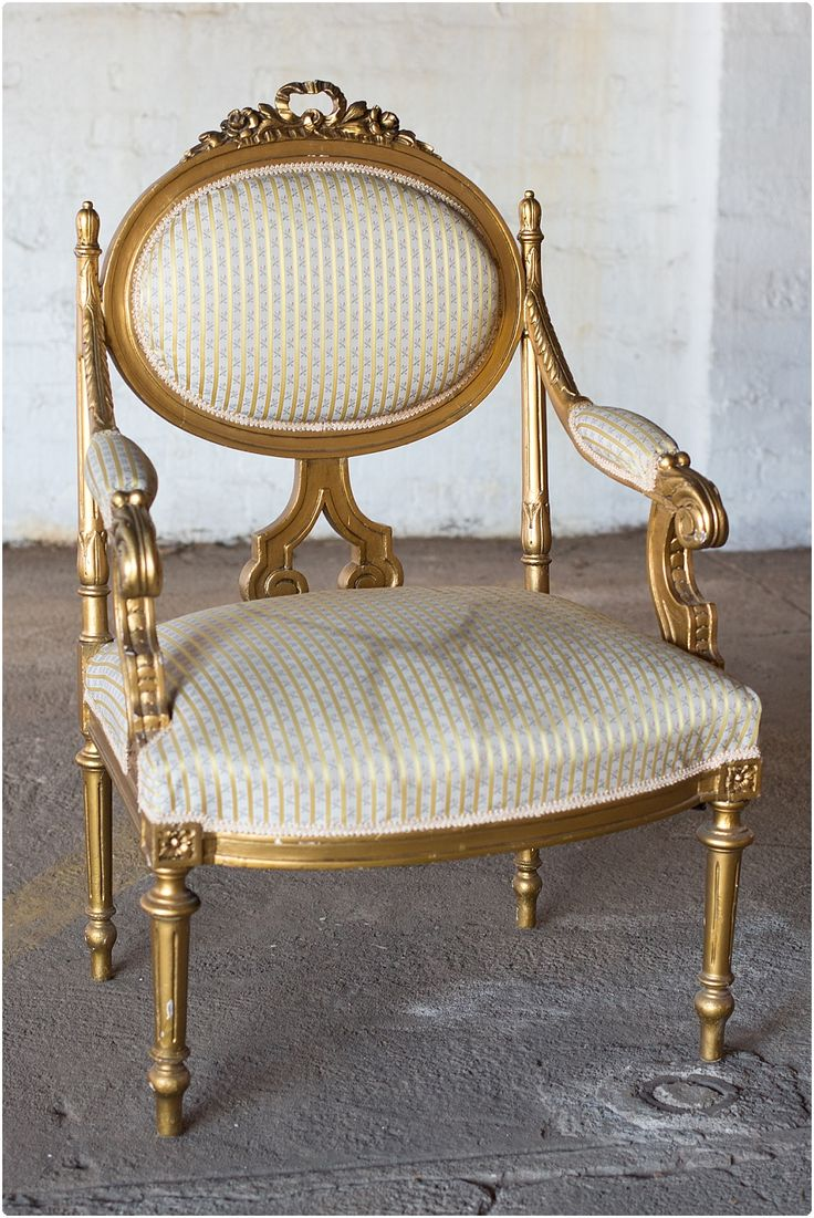 Sold #NorthcliffAntiques NeoClassical antique chair with fluted legs dated 1775. #ClassicAntiqueChairs #Gold
