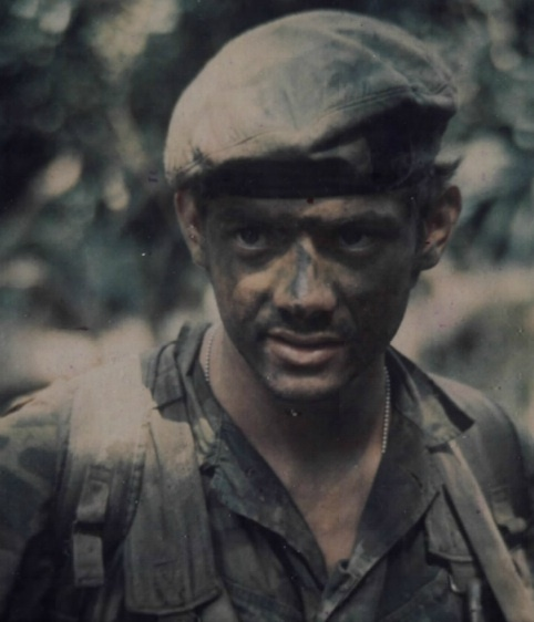 a personal narrative on receiving the commandos green beret promotion in the us army Special forces soldiers are known for some extreme survival tactics  while  green berets are known to rough it on missions, they're also known for  see  also: the story of wojtek: the 440-pound bear that drank, smoked,.
