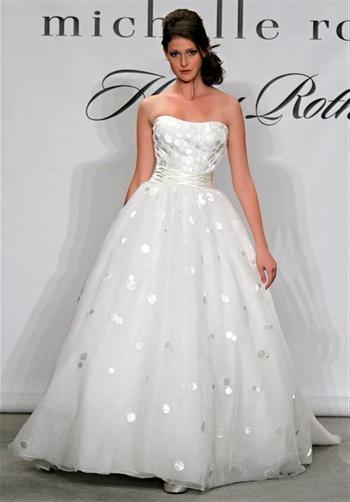 I love this Henry Roth dress! Polka dots whhhaaat?!