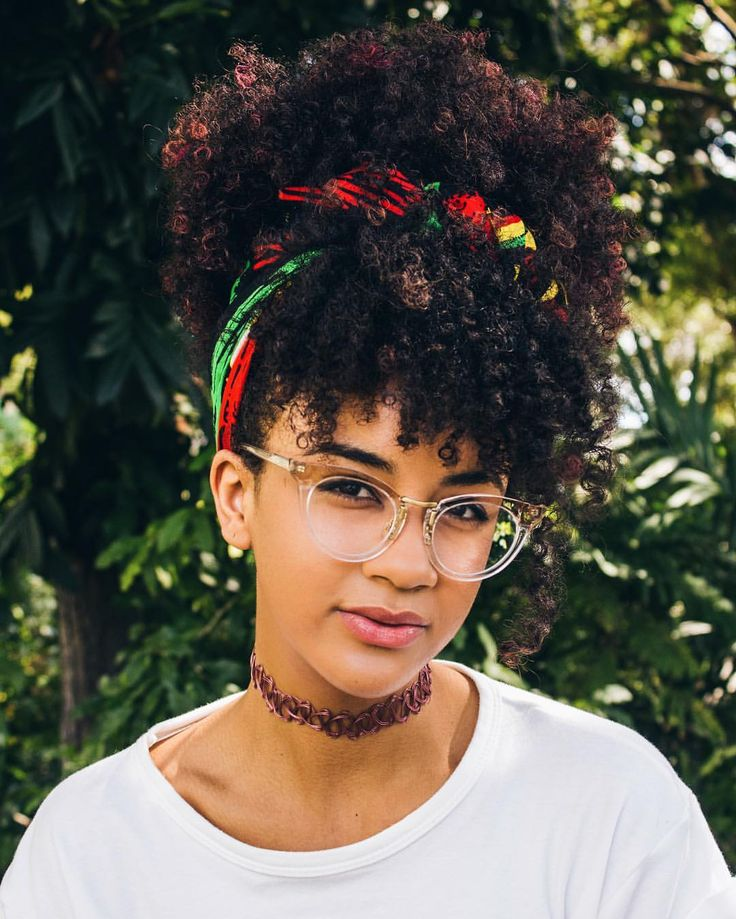 See this Instagram photo by @alannanicolex • captured by @kweenkamilah    curly bangs. Curly fringe. Natural hair. Curly hair. Kinky curly hair. Curly puff curly updo. Curly hairstyles. Curly girl.