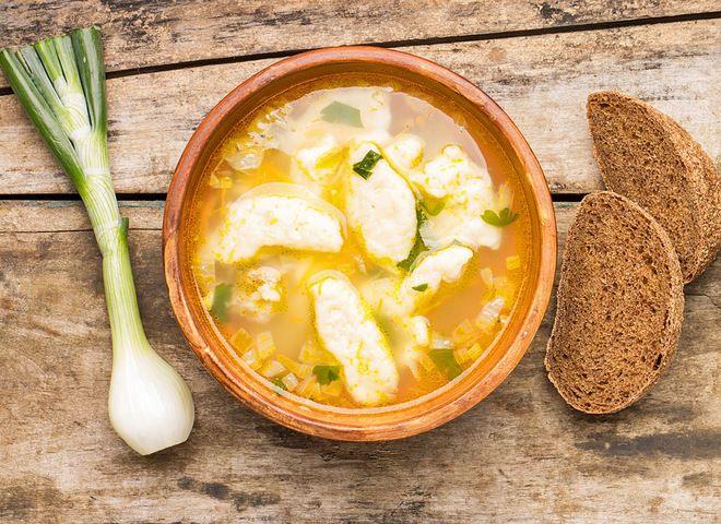 Суп с клецками   Ссылка на рецепт - https://recase.org/sup-s-kletskami/  #Супы #блюдо #кухня #пища #рецепты #кулинария #еда #блюда #food #cook