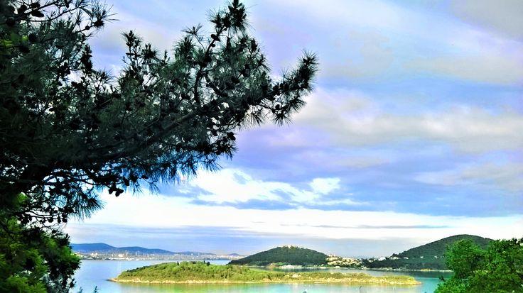 KASIK ISLAND