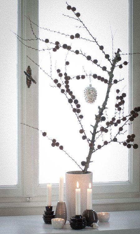 lärchenzweig weihnachtlich geschmückt wunderschön-gemacht