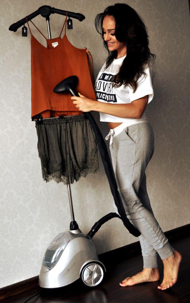 Sylwia Nowak with SteaMaster! #steamaster #steamer #prasowaczparowy #sylwianowak #celebrities #fashion #blogger