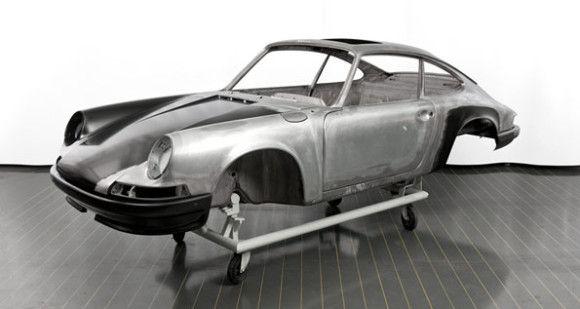1973 Porsche 911 T Restored by the Factory at Porsche Classic Workshop  http://www.carbuildindex.com/5079/1973-porsche-911-t-restored-at-porsche-factory/