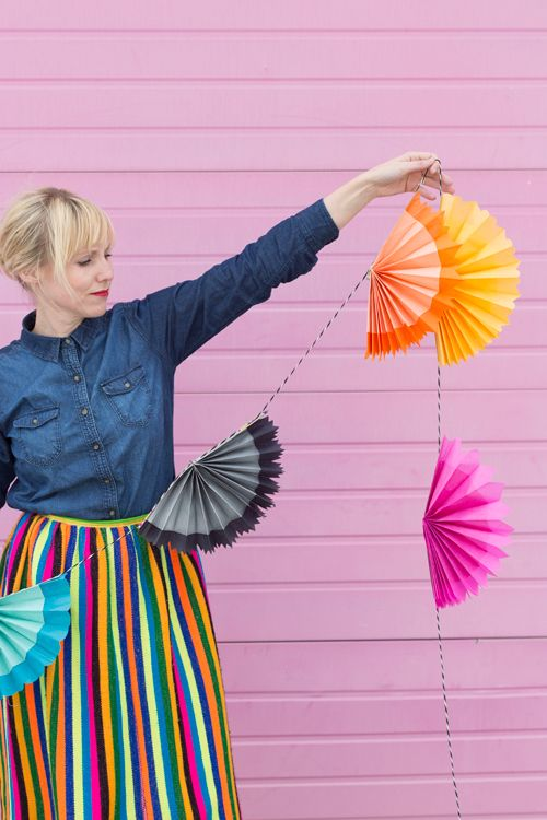 Paper fan garland for cinco de mayo @Brittany Jepsen | The House That Lars Built