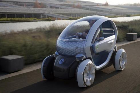 Gaan ze ook ruimte maken voor fietsers, Segways en futuristische voertuigen als Twizy naast A6?