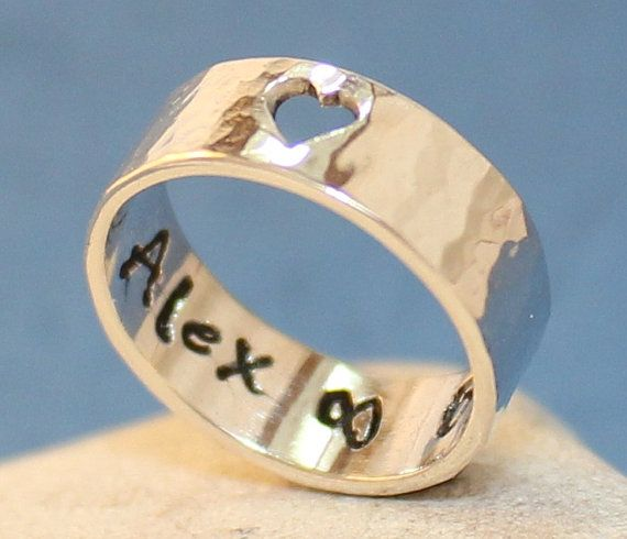Personalized Sterling Silver Ring.. Love Ring.. par Arketipo