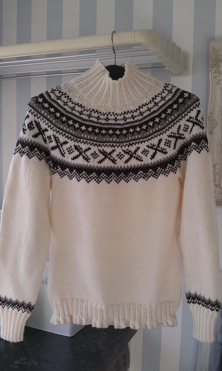 Sweater strikket til mig selv