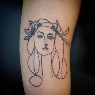 This perfectly replicated Head of a Woman: | 21 Picasso-Inspired Tattoos That Will Make Art Lovers Happy