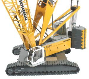 worlds largest rc truck with Diecast Cranes And Haulers on 361659785823 moreover The Rc John Deere Tractor moreover Biggest Rc Truck In The World together with Maior Escavadeira Komatsu Mundo Video Mostra Montagem Funcionamento moreover Biggest Rc Truck In The World.