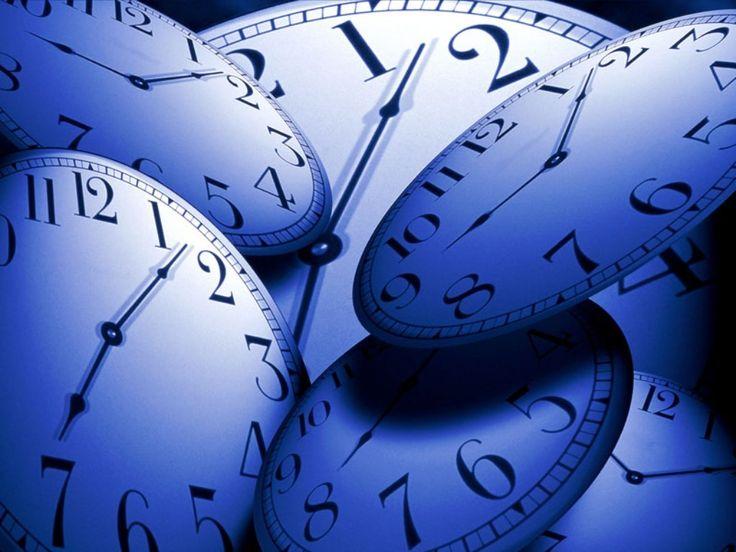 Ahhh le temps, sacré temps, le seigneur Temps, celui qui se balade dans les couloirs de l'Univers avec l'énergie et le mouvement sous les bras. Il construit, détruit, modifie, change, te fait naitre, grandir, rêver, aimer et mourir. Rien pour lui ne doit...