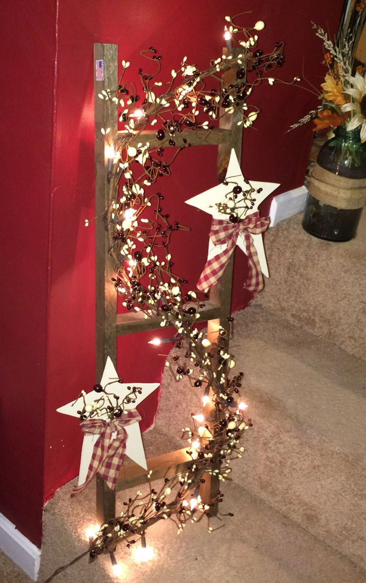 Rustic stars for crafts - Rustic Country Primitive Americana Ladder With Lighted Burgundy And Cream Berry Garland And Decorated Wooden Stars