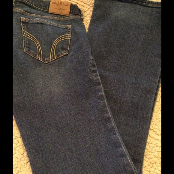 Hollister Jeans - NEW LISTING Hollister Jeans. Flare with a slight stretch for a perfect fit. They are in Store bought condition. Hollister Jeans Flare & Wide Leg