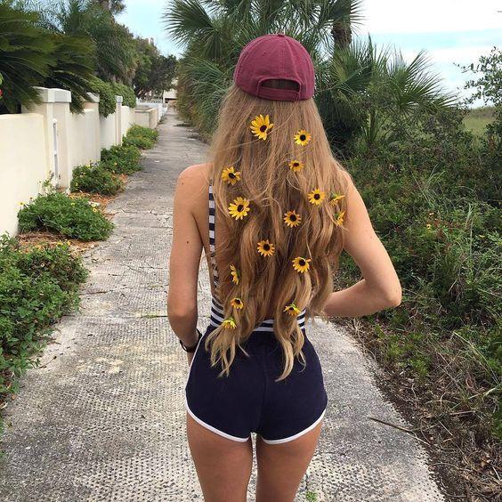 Наращивание волос или волосы на заколках выручат Вас если свои волосы недостаточной длины. #Longhair, #hairextension, #interhair, ponytail, #hairstнle, #волосыдлянаращивания, #славняскиеволосы, #haircenter, #interhair, #интерхайр, #центрпродаживолос