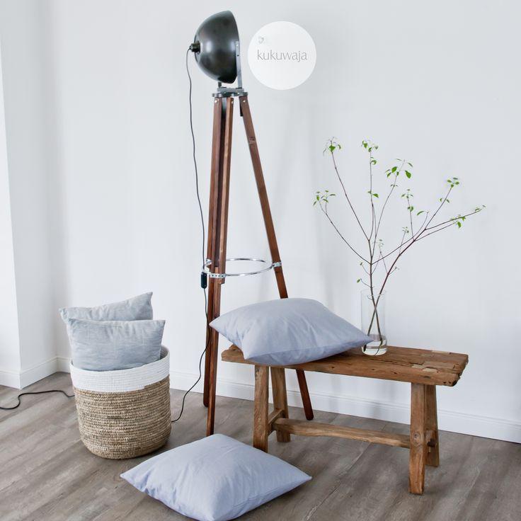 DIY Stativlampe \ Tripodlampe by kukuwaja - kukuwaja.blogspot.de #selbstgemacht #diyideas #diyprojekt #doityourself #industrial #industriallook #tripodlampe #stehlampe #tripodlamp #lampe #lamp #stehleuchte #stativlampe #wohnzimmerlampe  #nordichome #interior123 #scandinaviandesign #homestylingideas #homestyling #interiorwarrior #interiorharmoni #nordicinspiration #nordiskehjem #nordicliving #scandinaviandesign #onlyinterior #passion4interior