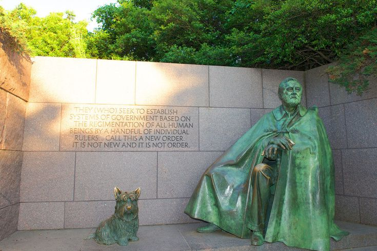 Learn about the Franklin Delano Roosevelt Memorial in Washington DC with our complete information guide featuring historical facts, interactive map, pictures, and things to do nearby.