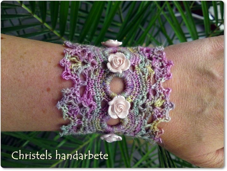 Virkat armband, Crochet bracelet