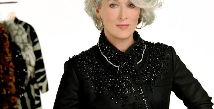 """""""Der Teufel trägt Prada"""" - Kino-Tipp -  In dieser schwarzen Haute-Couture-Komödie brilliert Meryl Streep als intrigant-elegante Chefredakteurin eines Modemagazins."""