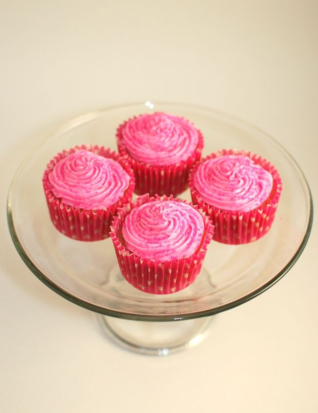 Pinkie for Pink: Strawberry Cupcakes | Cupcakes | Pinterest