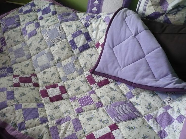 Lavender quilted duvet with fleece down by Maggiepatchwork
