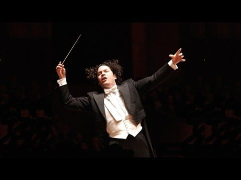 Ludwig van Beethoven - Symphony No. 5 | Gustavo Dudamel [HD] - YouTube