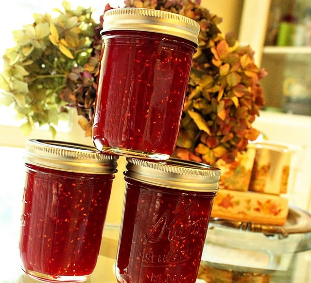 Raspberry jalapeno jelly - crusty bread, soft cream cheese and this jelly -0h