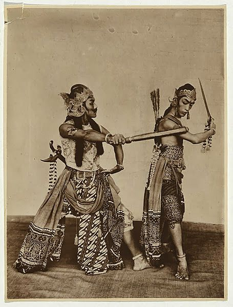 old-indische: Indonesian performers, Wayang Wong ~ Java ~ Indonesia ~ c1923-1926
