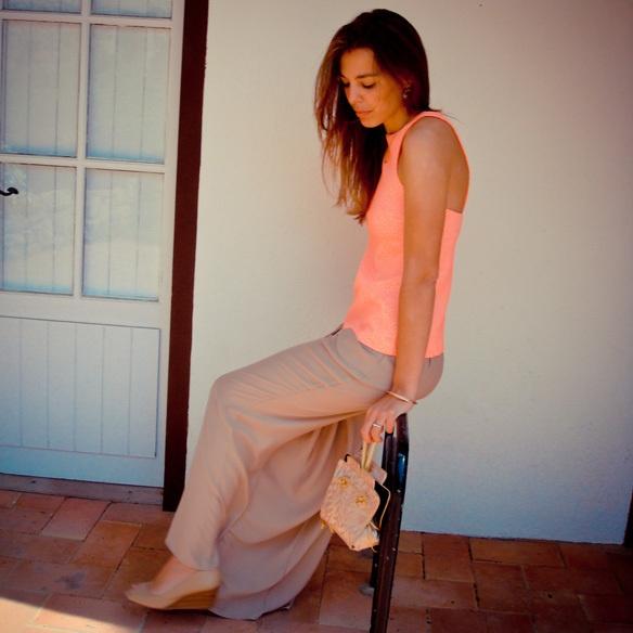 """¡Nos encanta la falda-pantalón que lleva nuestra """"colgada""""! http://15colgadasdeunapercha.com/2013/06/03/bautizo-en-tonos-pastel/  We love the divided skirt our """"hanging"""" wears! http://15colgadasdeunapercha.com/2013/06/03/bautizo-en-tonos-pastel/"""