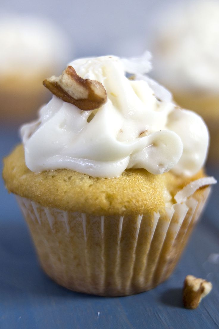 Italian cream cupcakes: a light, spongy coconut cupcake is topped with an ultra-creamy coconut pecan buttercream | goldenbrownanddelicious.com