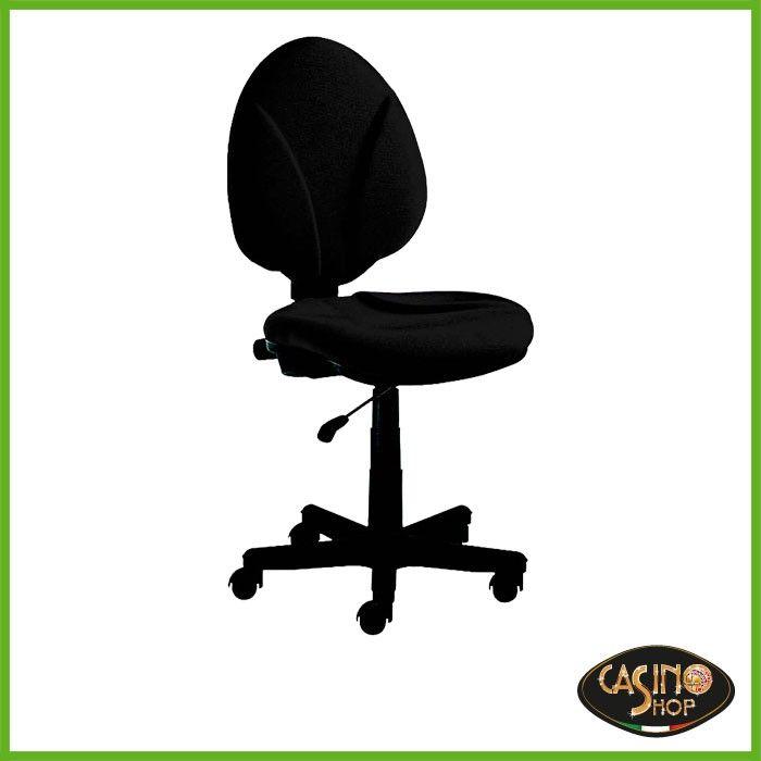 ART.0046  Sedia Dealer: una seduta classica, sostenibile e durevole. Seduta ergonomica con schienale e sedile imbottito, ideale per rimanere seduti a lungo in posizione di gioco. Schienale alto regolabile in altezza, sedile imbottito con rivestimento in tessuto, alzata a gas e ruote piroettanti.